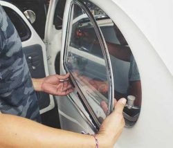 Car, Truck & SUV Automotive Glass Repair in Hot Springs